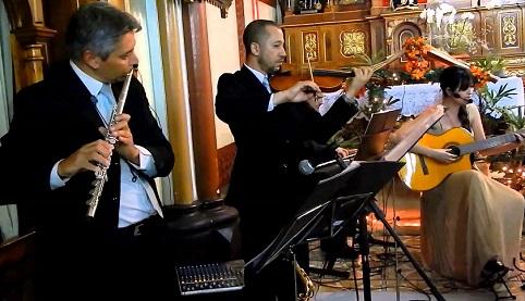 Equipe de música danifica a celebração no rito ordinário